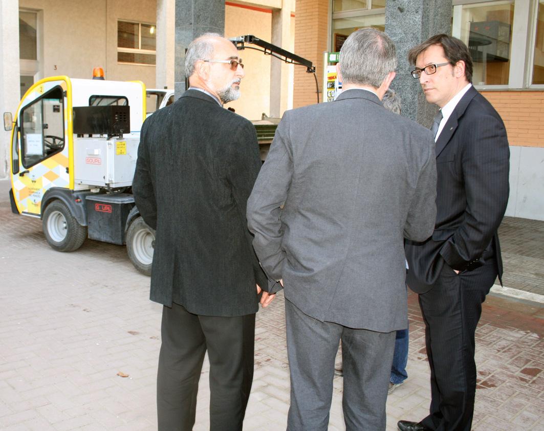 El Director General d'Economia Social i Cooperativa  i Treball Autònom ens visita