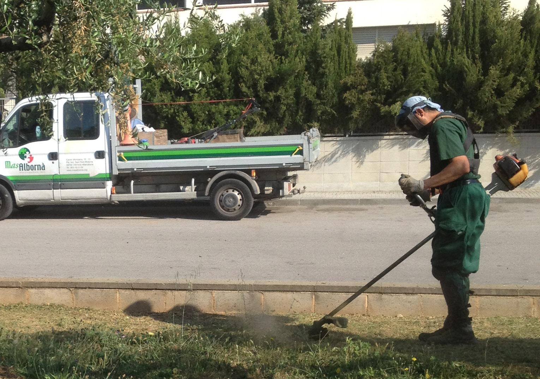 Renovem el servei de jardineria a Sta. Margarida i els Monjos
