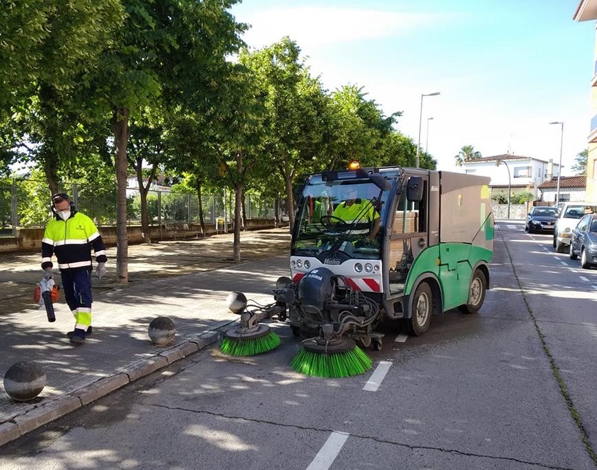 Fem nets els carrers de Sant Pere de Riudebitlles