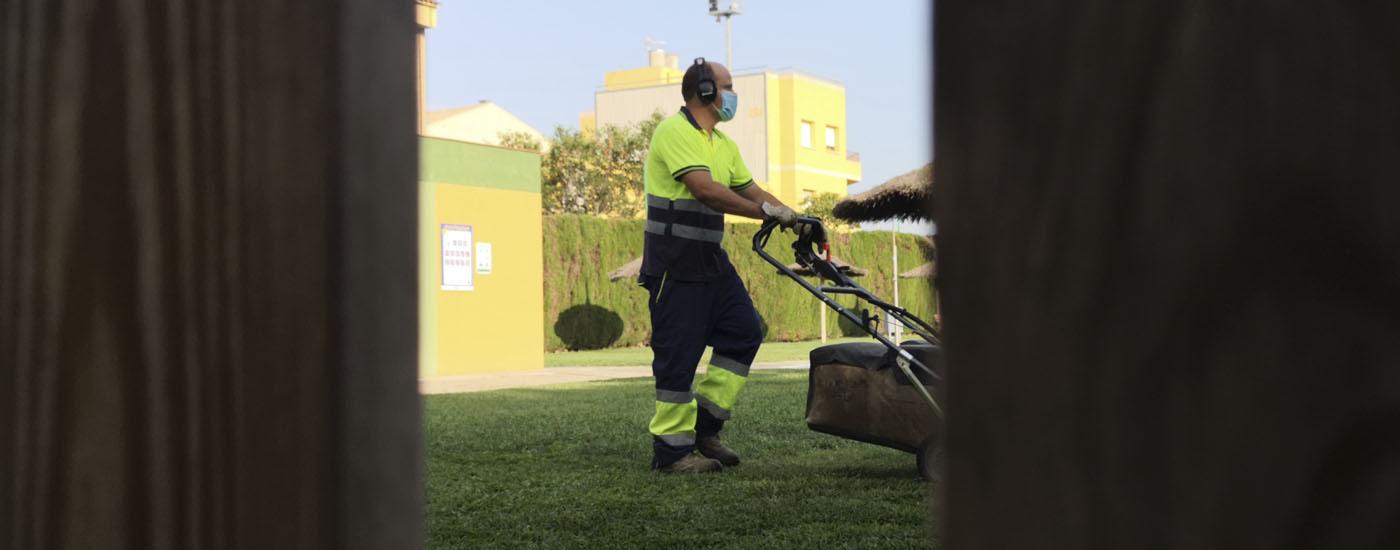 Renovem el servei de jardineria a Santa Margarida i els Monjos